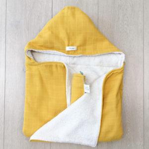 Cape de bain en coton biologique 0-5 ans jaune Pitigaïa
