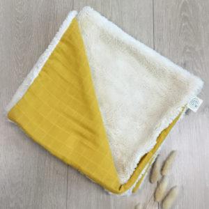 Couverture en peluche de coton biologique jaune Pitigaïa