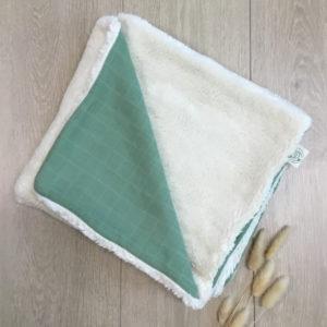 Couverture en peluche de coton biologique verte Pitigaïa